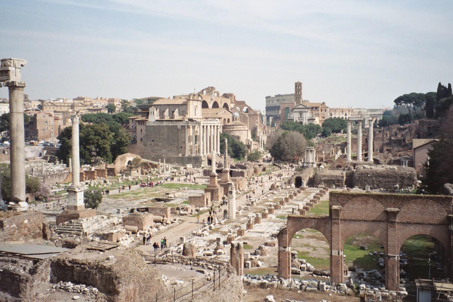 Urbanismo I Formas Y Patrones Urbanos: Roma